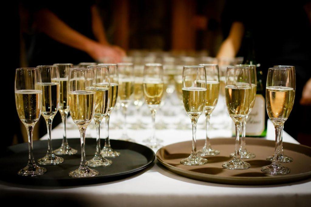 Выпивка перед свадьбой