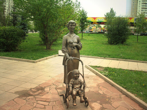 Памятник материнству в г. Зеленоград